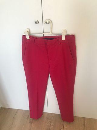 Pantalon Zara Fucsia vestir de segunda mano por 6 </p>                     </div> <!--bof Product URL --> <!--eof Product URL --> <!--bof Quantity Discounts table --> <!--eof Quantity Discounts table --> </div> </dd> <dt class=