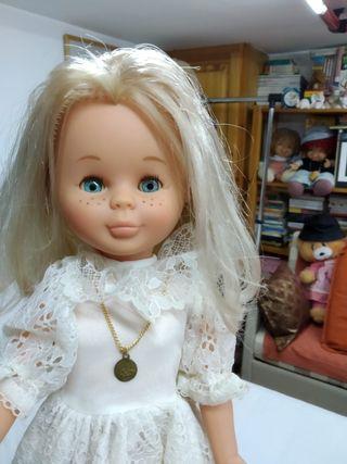 Nancy de comunión original de los 80