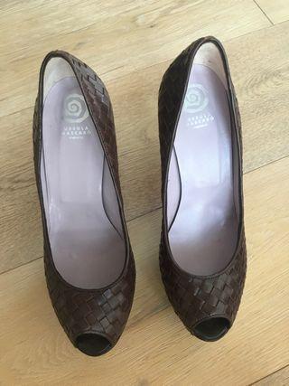 Zapato marrón T38 Úrsula Mascaró piel