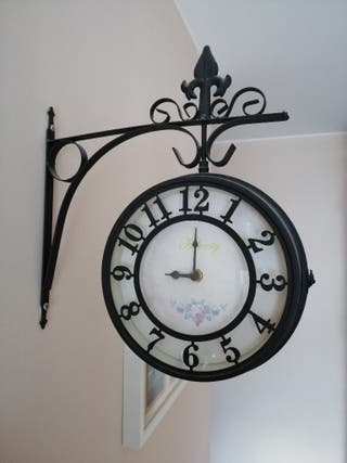 8d318d3964c1 Reloj de pared de segunda mano en Vilanova i la Geltrú en WALLAPOP