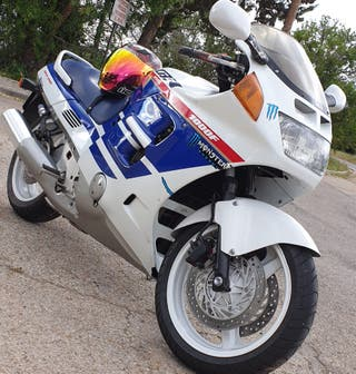 HONDA CBR 1000 F SUPERSPORT