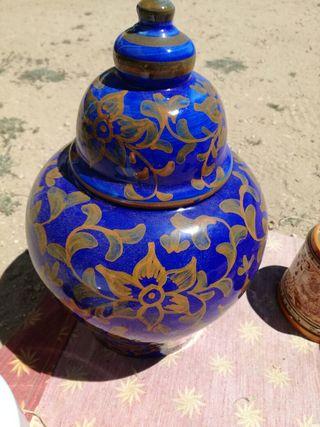 tarro -urna de porcelana