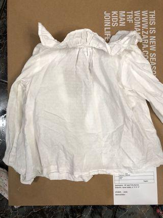 Blusa bordada blanca niña