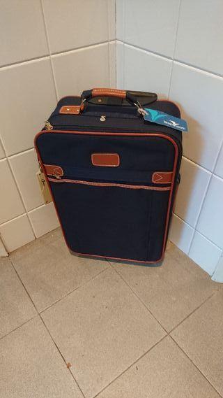 5106b556b Maleta de viaje de segunda mano en Mataró en WALLAPOP