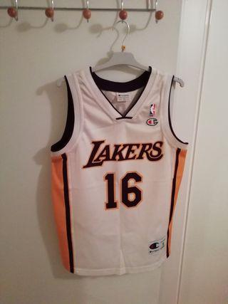 4dcfa6f9136 Camisetas Lakers de segunda mano en Madrid en WALLAPOP