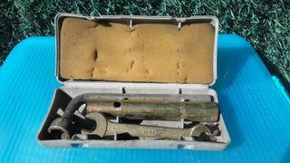 Caja herramientas SEAT clásico