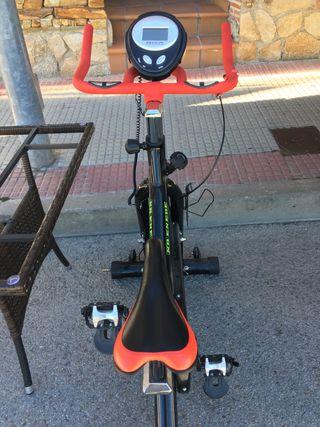Bicicleta estática sin estrenar
