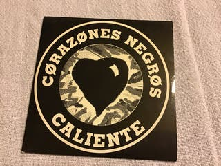 CORAZONES NEGROS, CD SINGLE CALIENTE