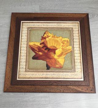 2 Cuadros flores en amarillo y marrón