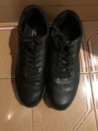 Zapatos MBT bambas negros 42