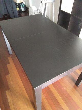 Mesa comedor extensible Ikea Bjursta.