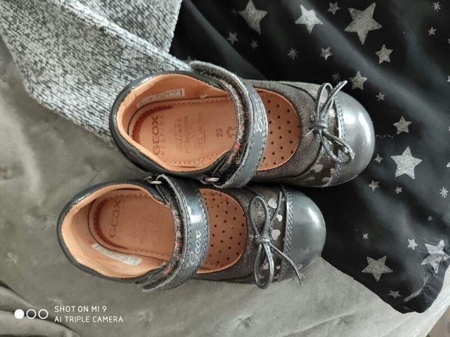 Lote talla 2 años y zapatos pablosky talla 23.