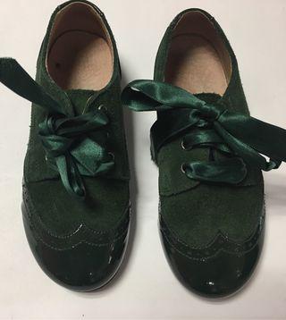 Zapatos verdes número 27