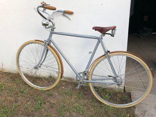 Bicicleta urbana artesanal