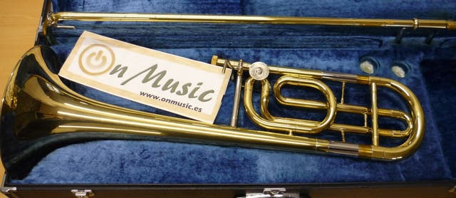 Trombon Bajo Yamaha YBL 322 en perfecto estado