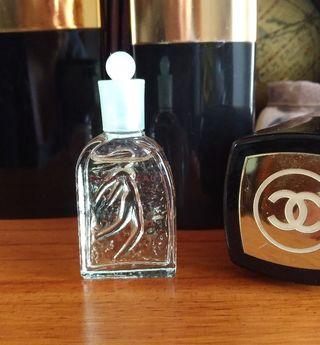 c75021d3d Perfume Miniaturas de segunda mano en Oviedo en WALLAPOP