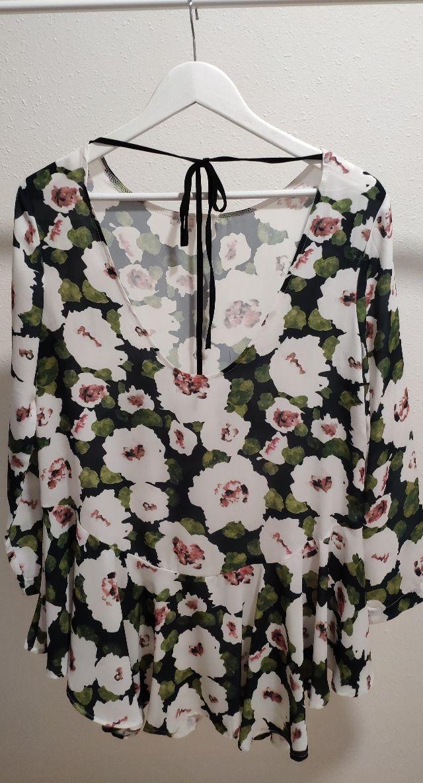 vestido mini estampado flores