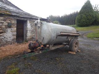 Cisterna chapa galvanizada 2.500 litros