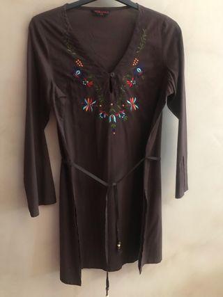 Blusón bordado marrón chocolate - Talla 44 NUEVA