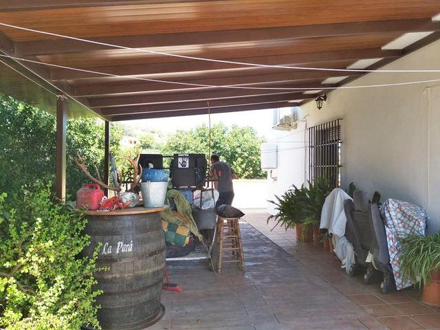 INMOMALAGA VENDE CASA CON PARCELA EN PIZARRA (Pizarra, Málaga)