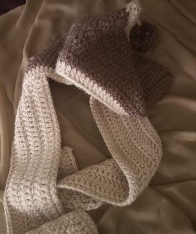 En liquidación reloj chic clásico Gorro/Bufanda en crochet de segunda mano por 15 € en ...