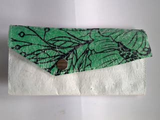 "Cartera reciclada ""Forest*"
