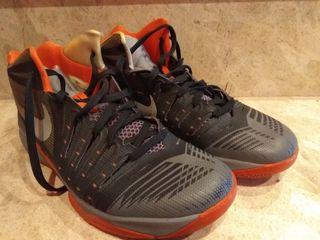 Zapatillas Baloncesto Nike num. 42'5