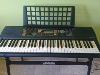 Teclado/piano portátil Yamaha