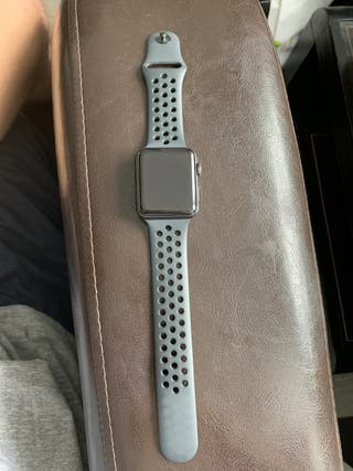 Apple Watch Serie 3 Nike + 42 mm