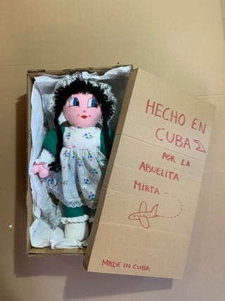 Muñeca artesanal de tela