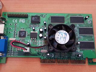 Tarjeta gráfica GeForce 2 MX 400