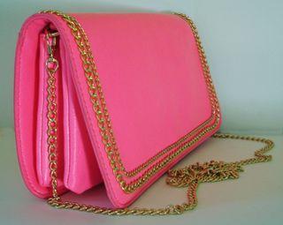Bolso cartera de solapa piel sintética rosa chicle