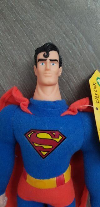 Muñeco peluche Superman 27 cm