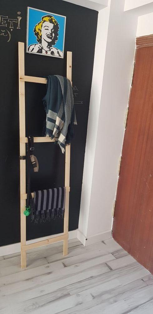 Escalera de madera decprativa