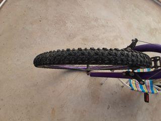 bicicleta de montaña esta nueva le funciona bien t