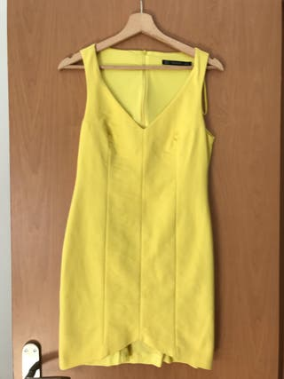Vestido corto amarillo Boda comunión bautizo Zara de segunda