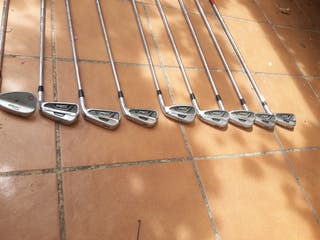 palos de golf titleist