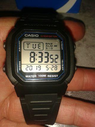 99c043ee77af Reloj de marca de segunda mano en la provincia de Albacete en WALLAPOP