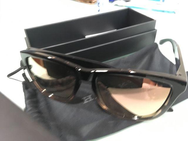 f1002b009d Hawkers gafas sol polarizadas de segunda mano por 20 € en Sedaví en ...