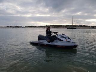 moto de agua bombardier rxt255