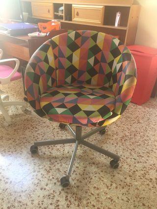 Silla de escritorio con diseño original