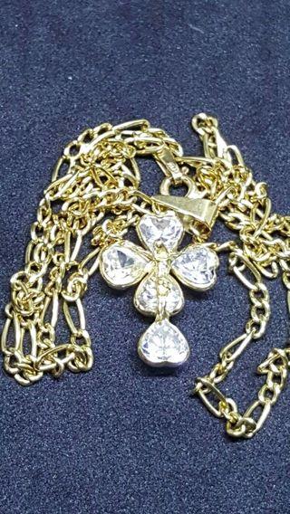 5f5b6c2b0163 Colgante de oro de segunda mano en Móstoles en WALLAPOP