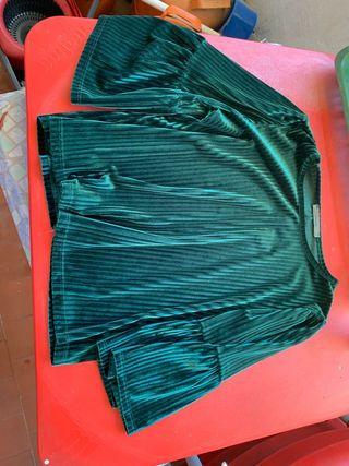 camiseta de terciopelo con mangas hasta los codos