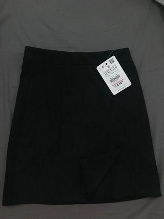 b0a085181 Falda negra de segunda mano en Barcelona en WALLAPOP
