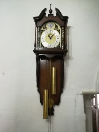 RELOJ PARED ANTIGUO DE PESAS