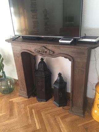 Falsa chimenea o mueble cubre chimenea