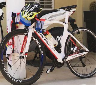 Se vende bici Kanaola de Carretera Di2 2018