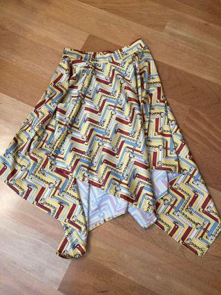 Faldas asimétricas nuevas
