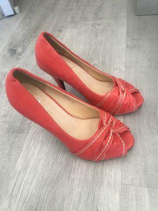 Zapatos talla 36 (un uso) en perfecto estado)