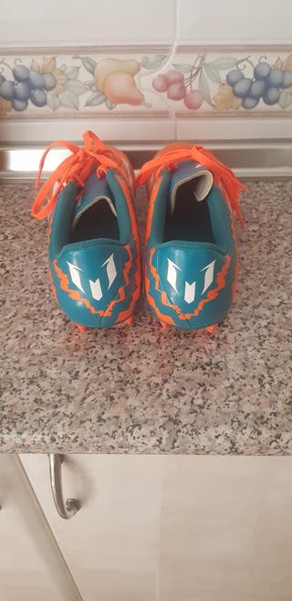 botas de fútbol Adidas leo messi